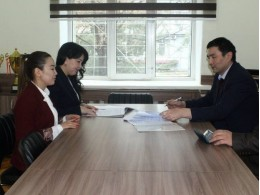 """Signing of a Memorandum of Cooperation between the """"Research Center for Logistics and Public Procurement in the Kyrgyz Republic"""" at the Department of """"Logistics"""" KSTU named after I. Razzakov and the Training Center of the Ministry of Economy and Finance of the Kyrgyz Republic."""